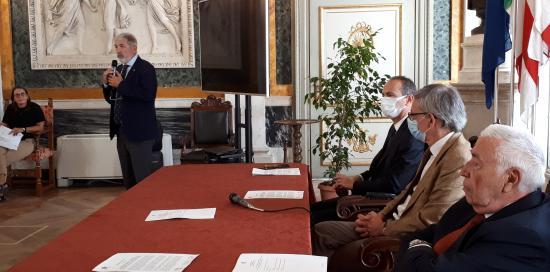 Tavolo relatori presentazione  Casa Tecnologie