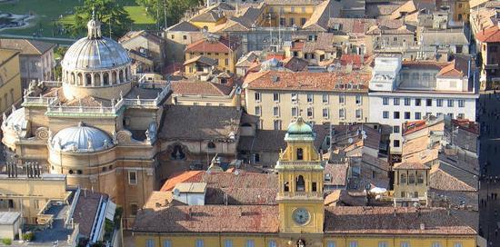Un accordo tra Parma e Genova su turismo e marketing del ...