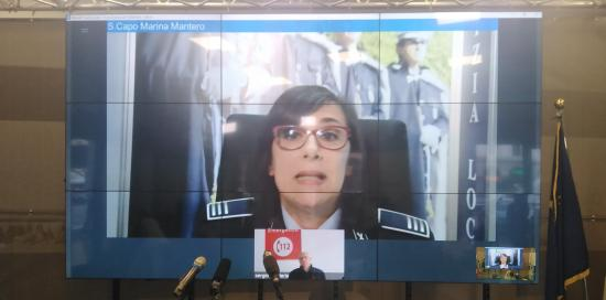 foto a mezzo busto vigilessa