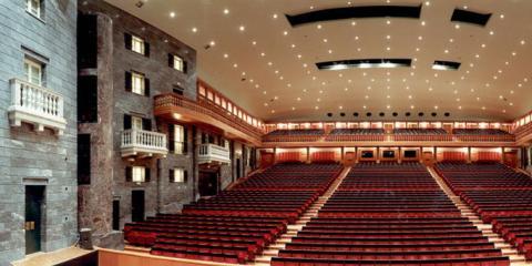 interno del teatro Carlo Felice