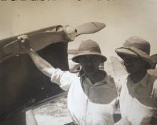 Giorgio Parodi, appoggiato all'elica
